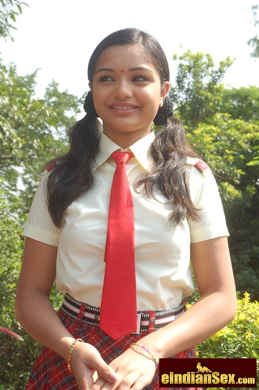 young south indian school girls sex. Hot and very young south indian school ...