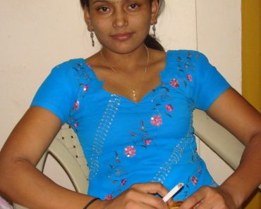 indian college girls real life pics