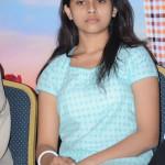 manasara-heroine-sri-divya-latest-sills-009
