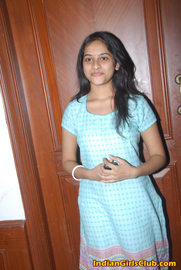 manasara-heroine-sri-divya-latest-sills-014