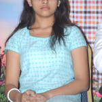 manasara-heroine-sri-divya-latest-sills-015