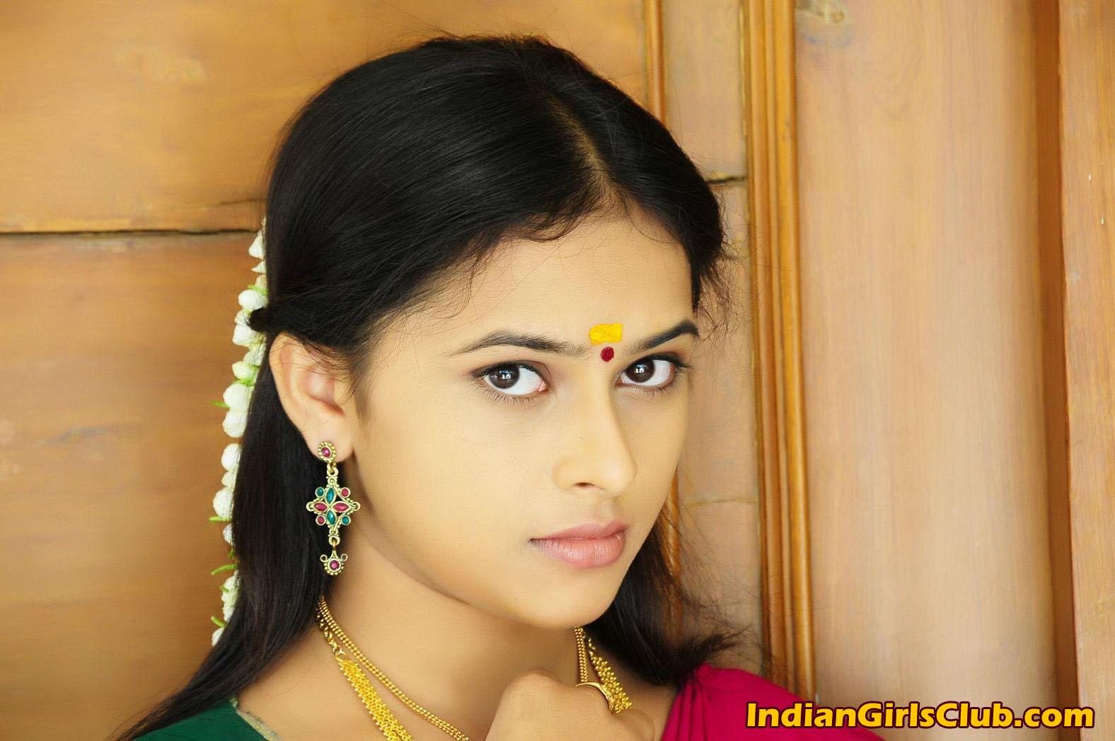 sri-divya-sex-nude-photo