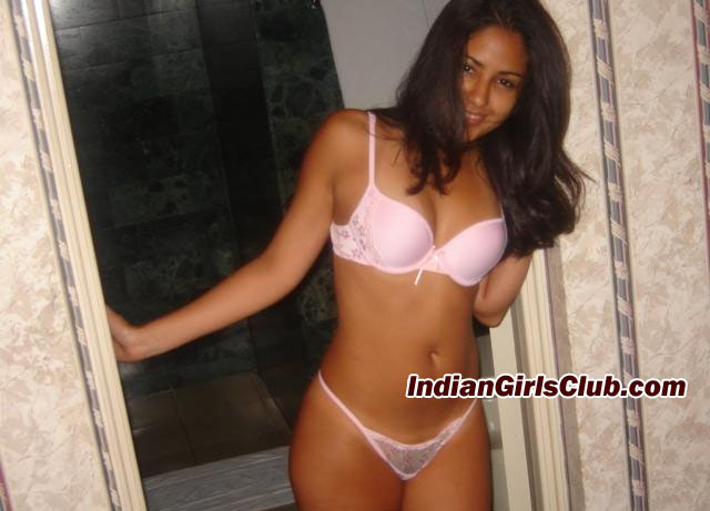 girls nude lingerie indian
