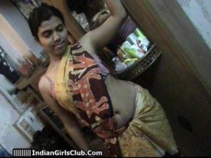 2south-indian-aunty