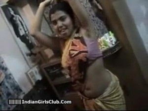 3south-indian-aunty