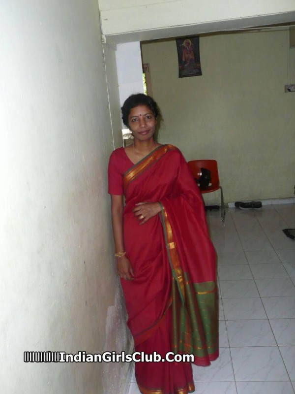 nude indian local aunty