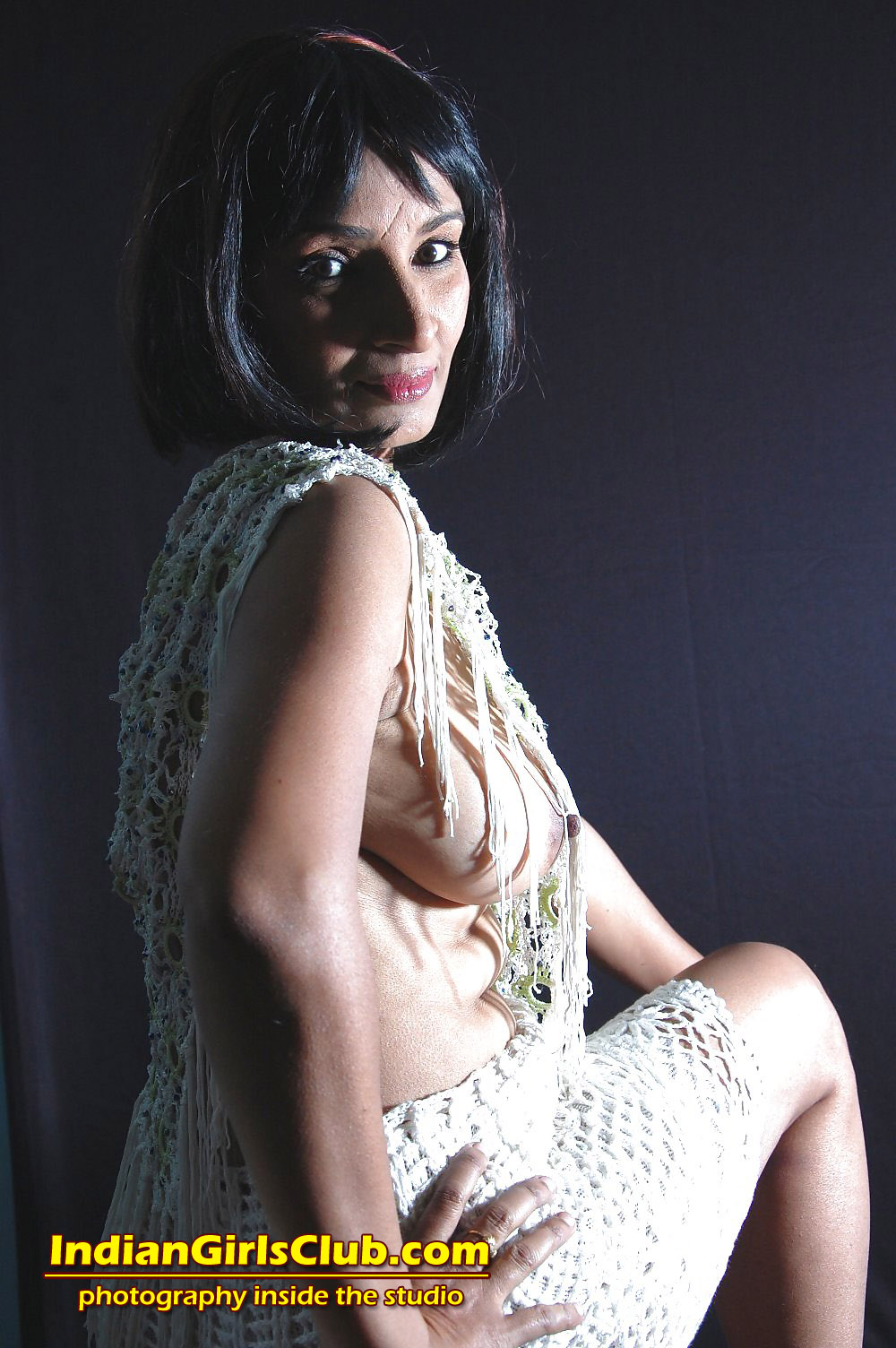 Hot sexy indian artist photos nude pics