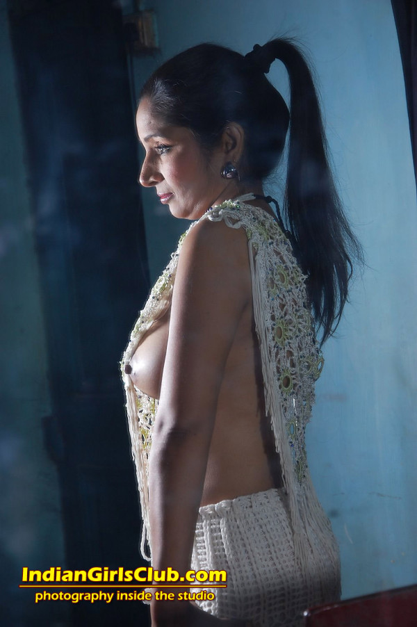 zl3 indian girls nude art pics