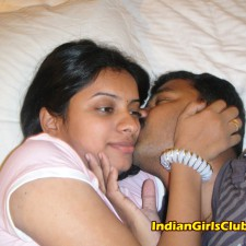 indian lovers kissing 4