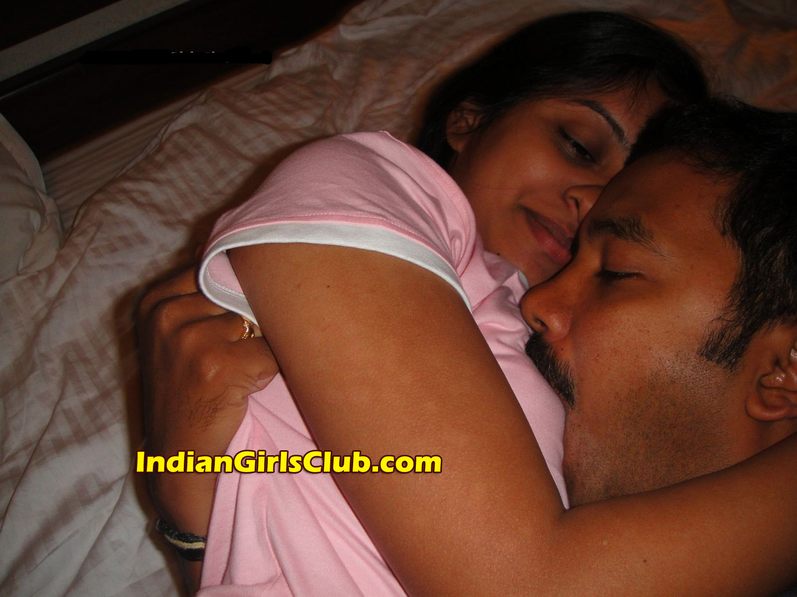 hot-nude-indians-kiss-mature-interacial-sex-movies