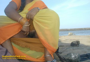 indian aunty public nudity