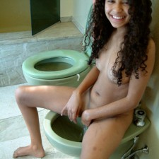 sexy indian girls toilet 9
