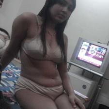 24 sexy bhabhi pics
