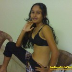 2 sexy nude photos hasina