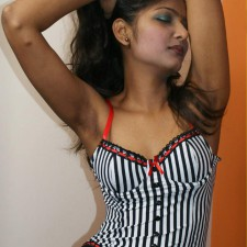 4hot divya real life indian girls nude