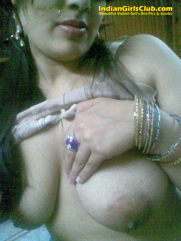 beautiful indian girls bra pic 3