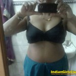 real tamil aunty mobile cam pics 1