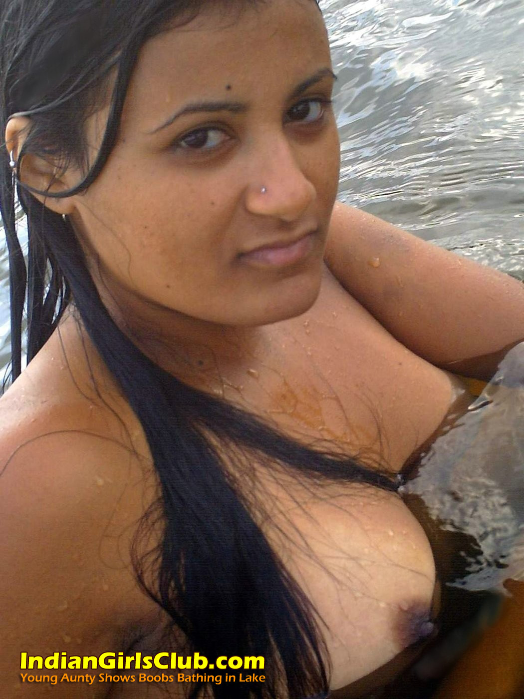Indian girl fucked in water