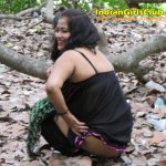 tamil aunty peeing 5