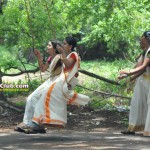 Kerala Girls Fell Down While Swinging in Oonjal
