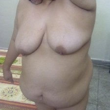 fat indian aunty nude 25
