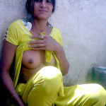 indian girls boobs lifting up chudi 2