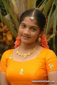 pavadai chattai girl hot 1