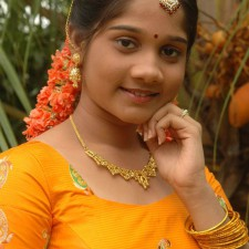 pavadai chattai girl hot 2