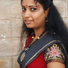 unmarried half saree girl 1
