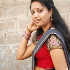 unmarried half saree girl 4