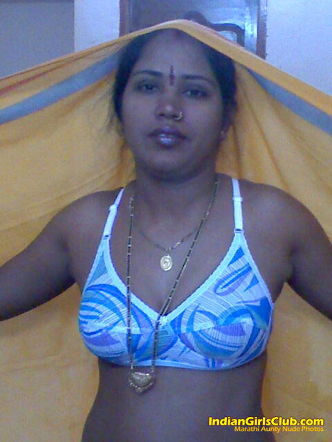 nude-marathiaunty-teen-giving-extreme-blowjob