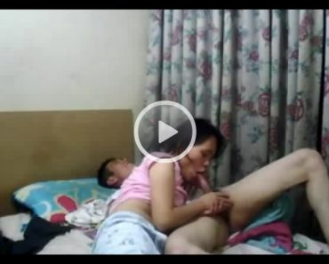 Nepali Couple Homemade