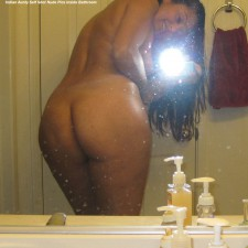 self shot nude pics indian aunty 3