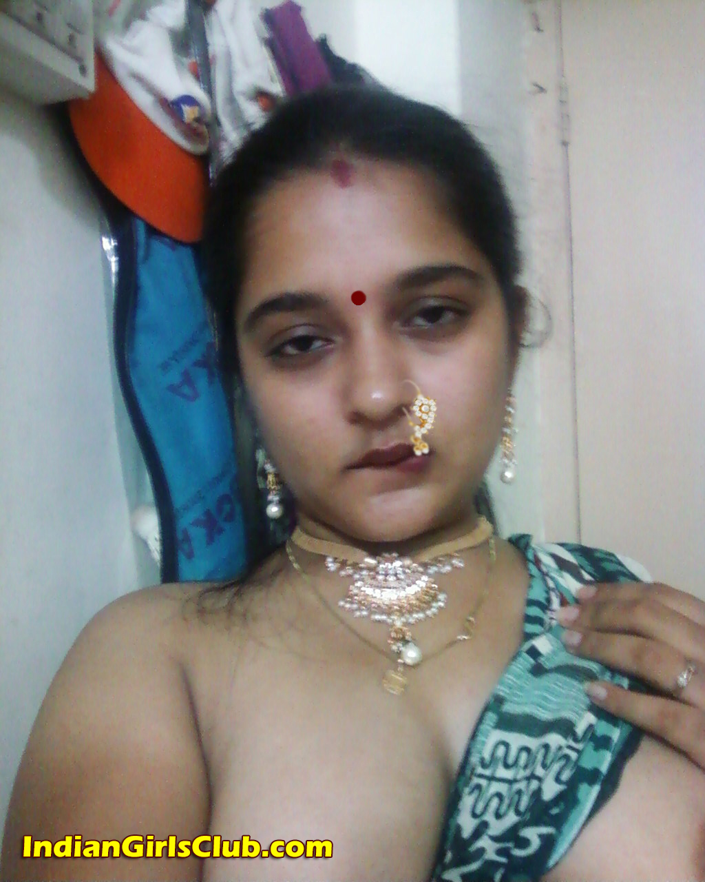 cute indian girl nude b4 - indian girls club - nude indian girls