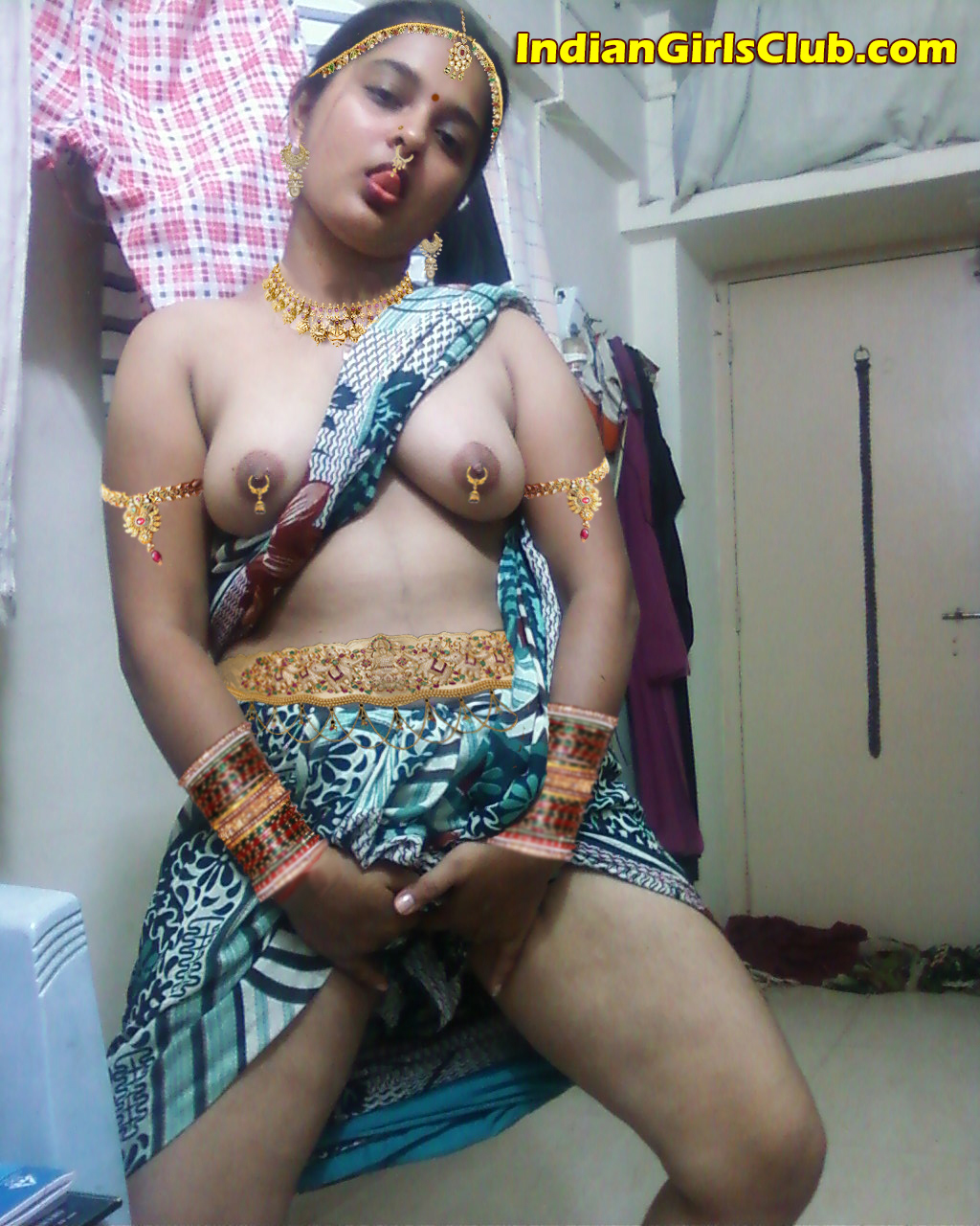Indian girls Nude Photos