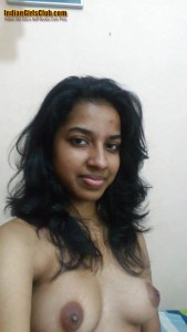 a1 self cam indian girl 22yrs