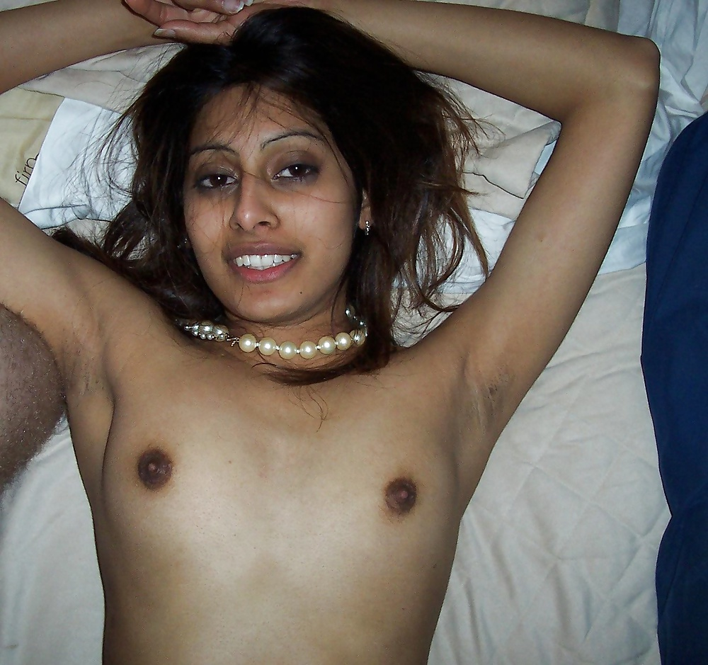 Ready help Indian naked scandal photo