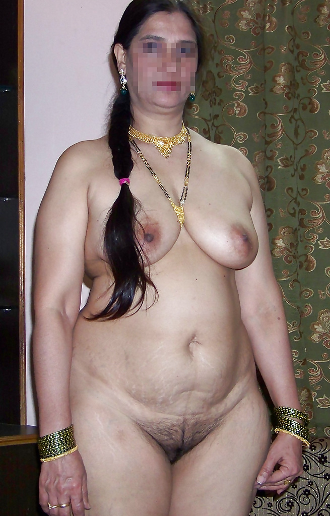 nude-pics-of-indian-housewives