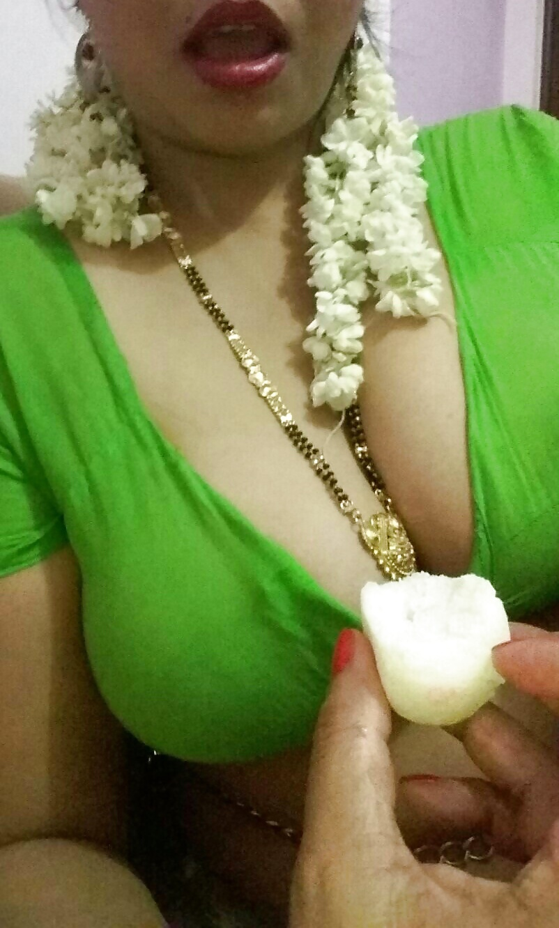 Horny Indian Wife Big Tits Exposed