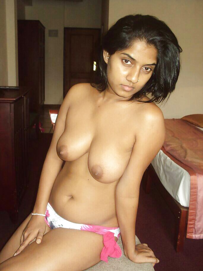 Sri Lanka Hot Babe Manika Naked