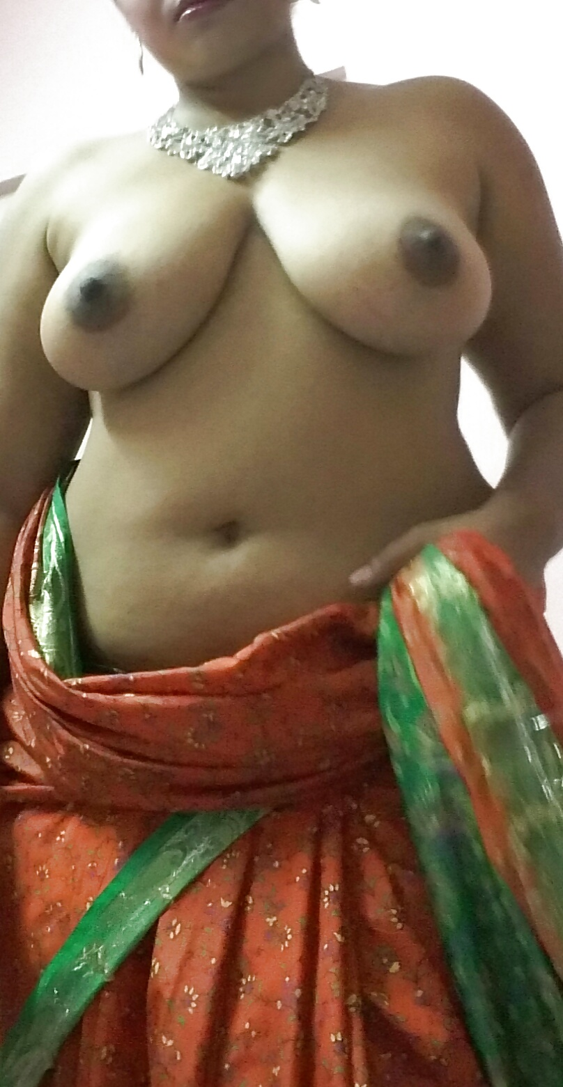 Hot Sexy Indian Neetu Bhabhi Nude Pictures