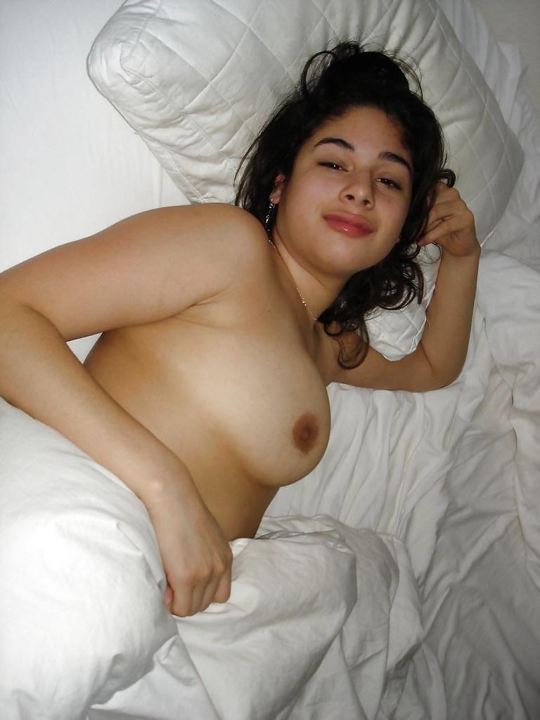 Boob sex pic reema khan