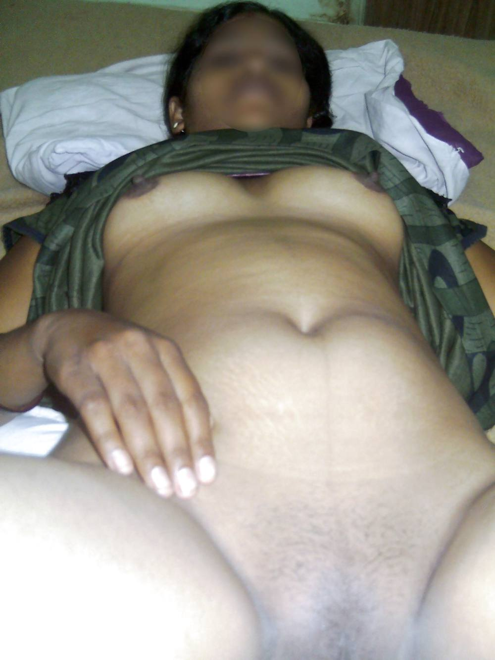 Real Indian Housewife Naked In Bed