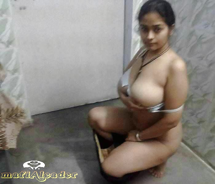 Indian girls big nude tits with