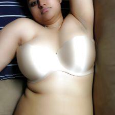 Daily Indian Porn Babe Naina Nude 5