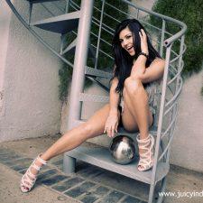 Sunny Leone Big Tits Bollywood Babe 7