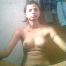 Juicy Indian Teen Babe Prabha Nude 5