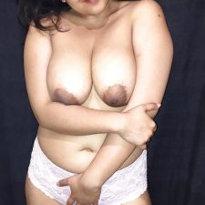 Sexy Indian Aunty Red Lingerie Nude XXX Photos 12