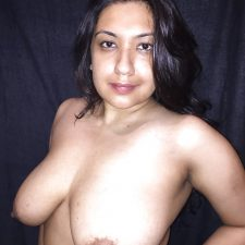 Sexy Indian Aunty Red Lingerie Nude XXX Photos 14
