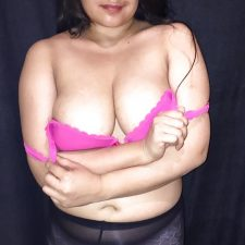 Sexy Indian Aunty Red Lingerie Nude XXX Photos 8